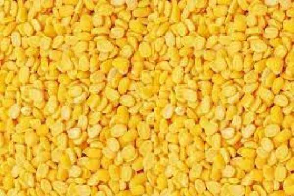 Yellow mung / Green gram skinned